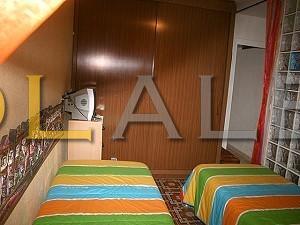 Same bedroom w. wardrobe
