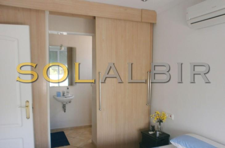 Bedroom IIII with ensuite bathroom