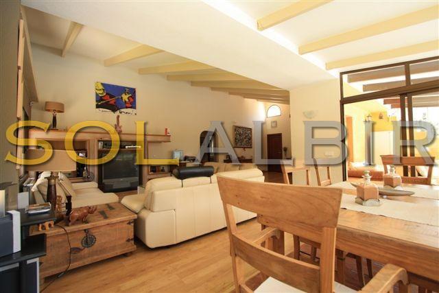 livingroom villa 1