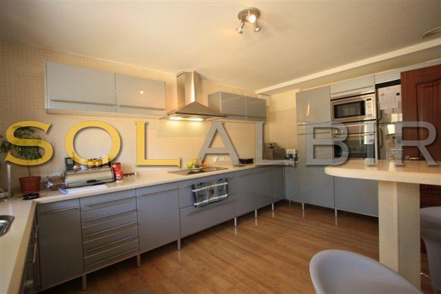 kitchen villa 1