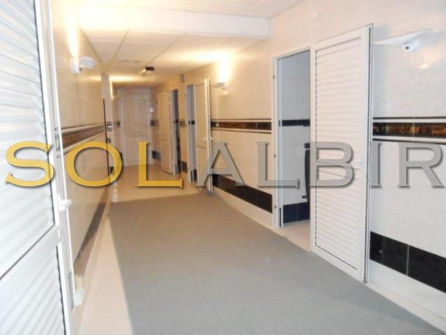 Commercial with 12 rooms