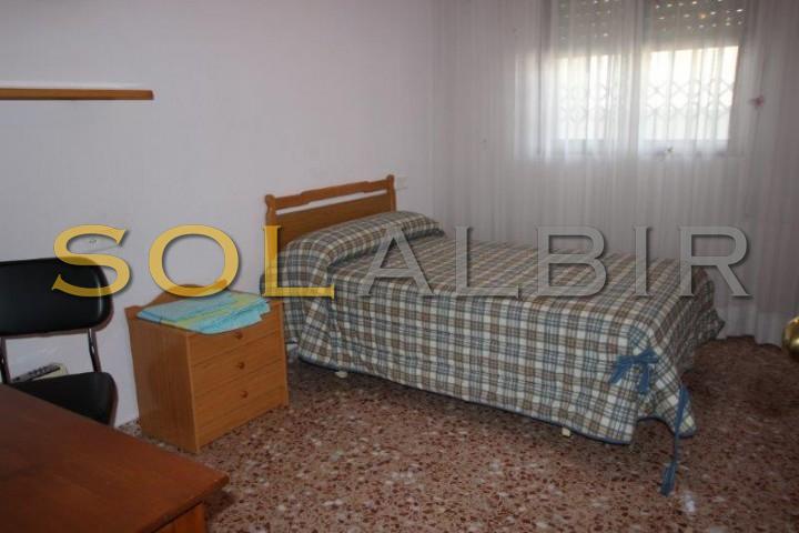Singel bedroom