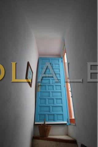 Entrance to solarium