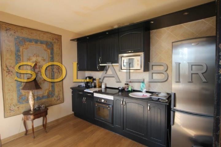 Opent kitchen (apartment)