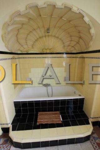 Nice bath arabic style