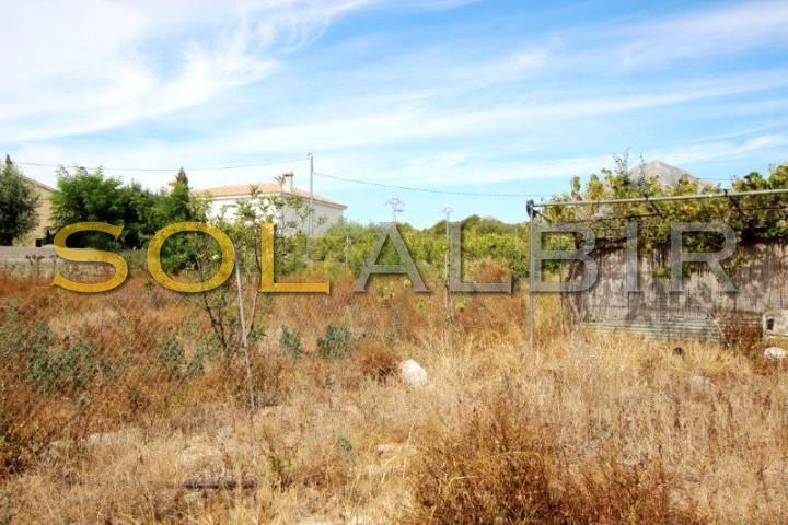 Large plot with water well