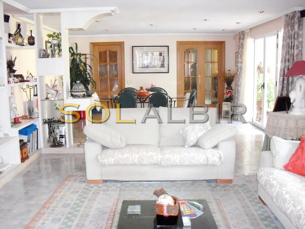Living room with acces to the garden