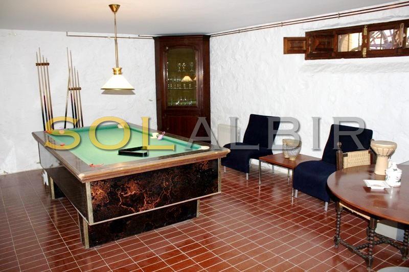 Poolbillard room
