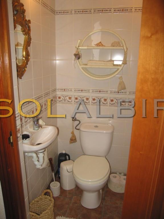 guest toilette