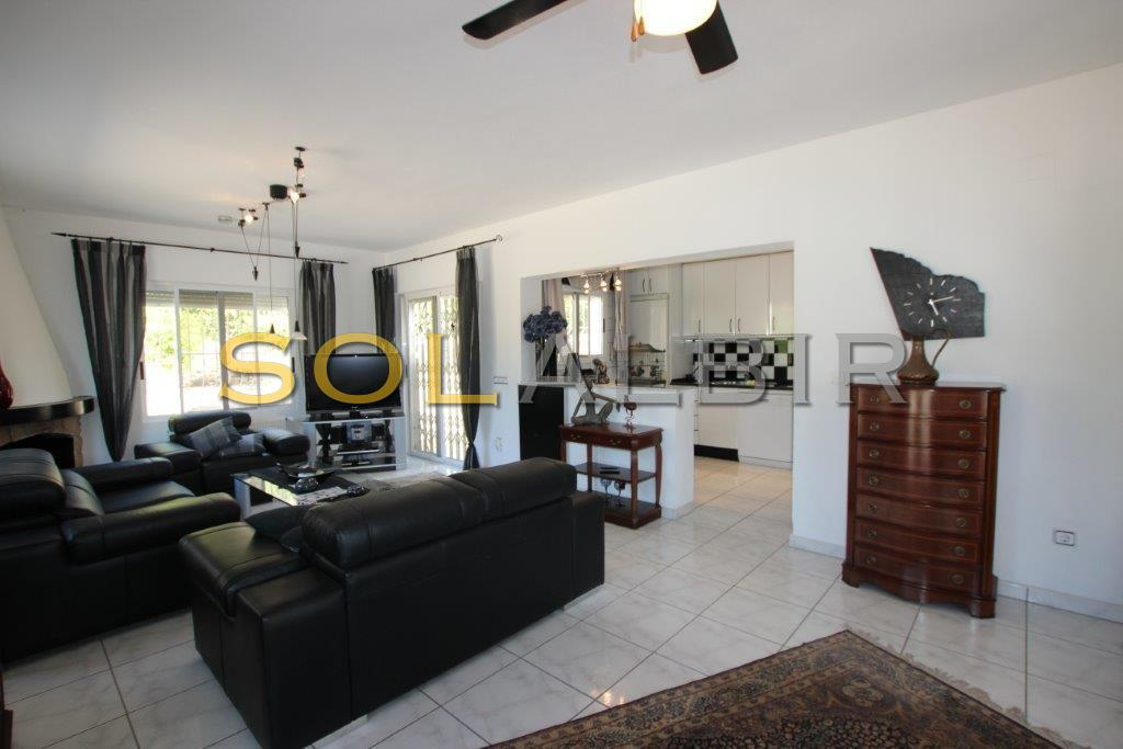 Living area with american kitchen