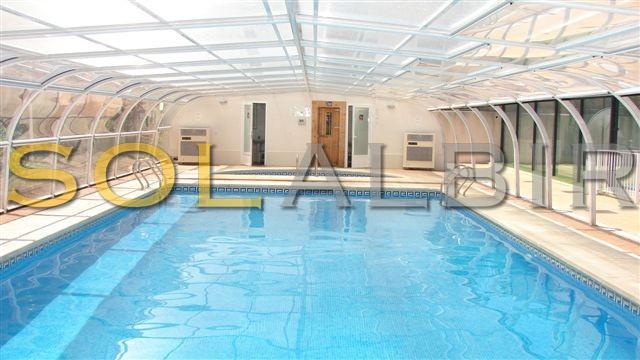 Indoor swimming-pool