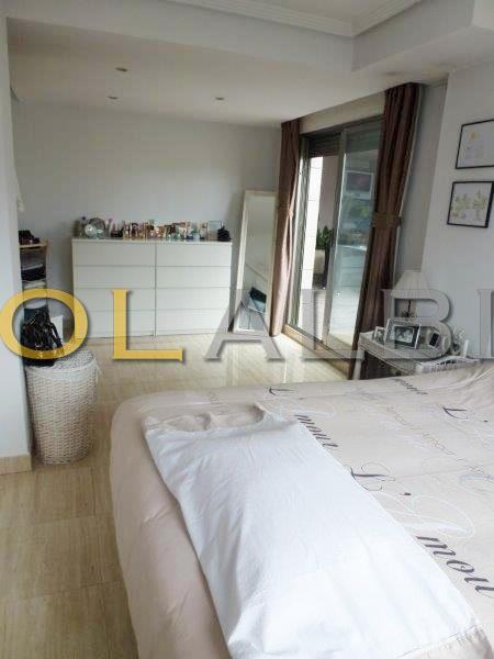 Bedroom with access to the terace