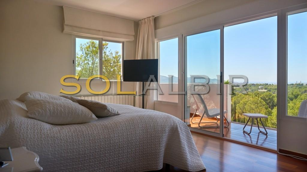 The main bedroom and terrace with beautiful views