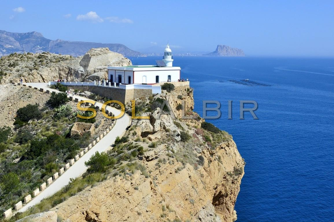 The famous light house walk