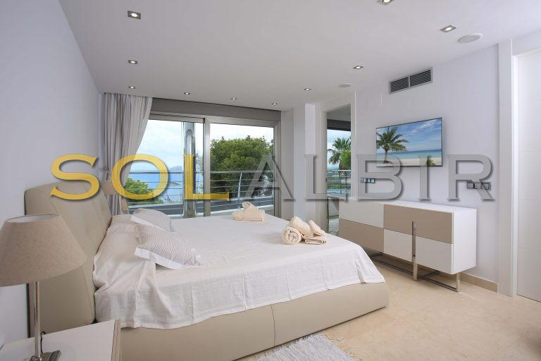 All bedrooms with sea views