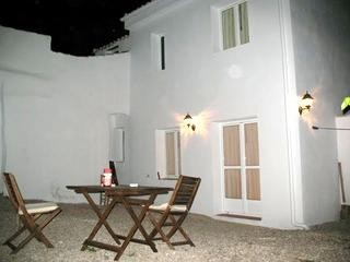 2 Bedroom Village house in Bobadilla de Alcaudete