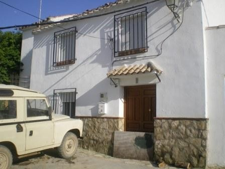 5 Bedroom Village house in Almedinilla