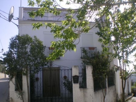 4 Bedroom Village house in Almedinilla