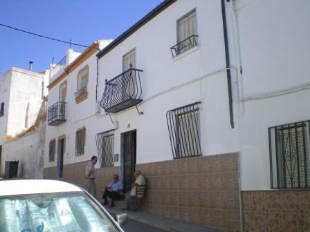 4 Bedroom Village house in Martos