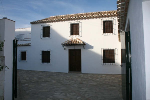 4 Bedroom Country House in Almedinilla
