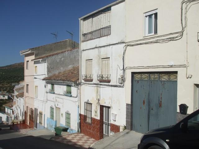 3 Bedroom Village house in Castillo de Locubin