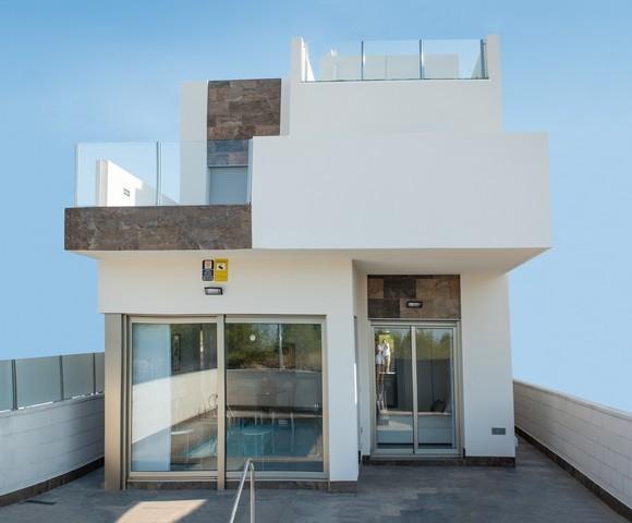 Ref:CBPNB305 Detached villa For Sale in Villamartin