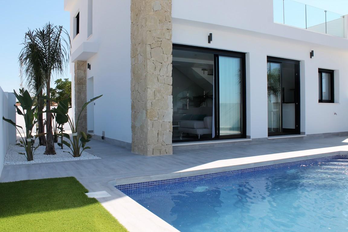 Ref:CBPNB174 Villa For Sale in Los Montesinos
