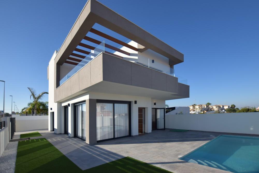Ref:CBPNB200 Detached villa For Sale in Los Montesinos